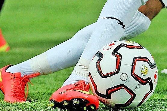 توبیخ بازیکنان استقلال و پرسپولیس به خاطر انتقاد از توپ ، استراماچونی هم توبیخ شد