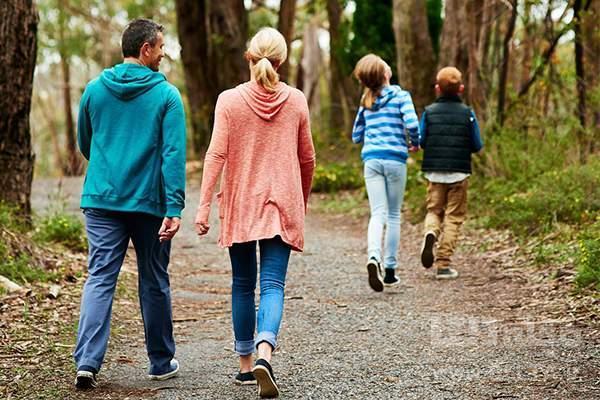 فواید پیاده روی بر سلامت جسم و روح