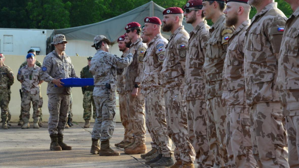 خروج نظامیان جمهوری چک از عراق