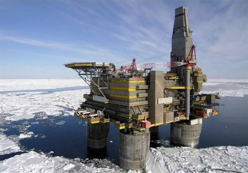 سقوط بی سابقه قیمت نفت به 23 دلار