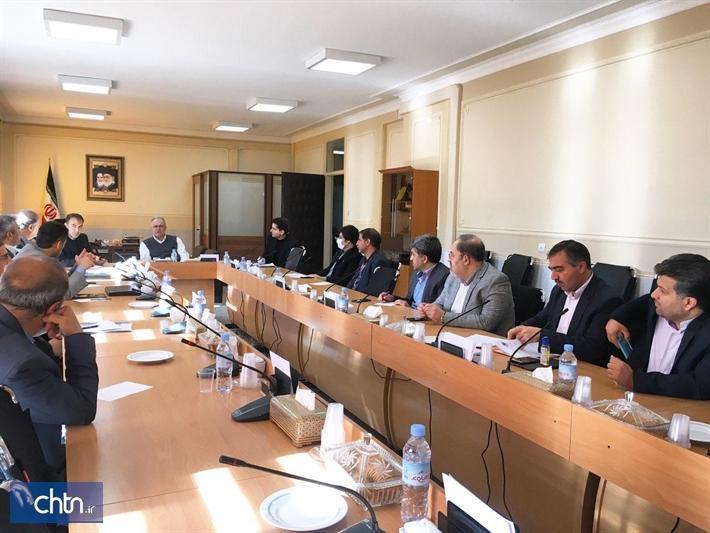 تشکیل کمیته رسیدگی به مسائل فعالان گردشگری و صنایع دستی استان اصفهان