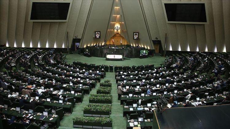 افشاگری خانم نماینده علیه هیات رئیسه مجلس