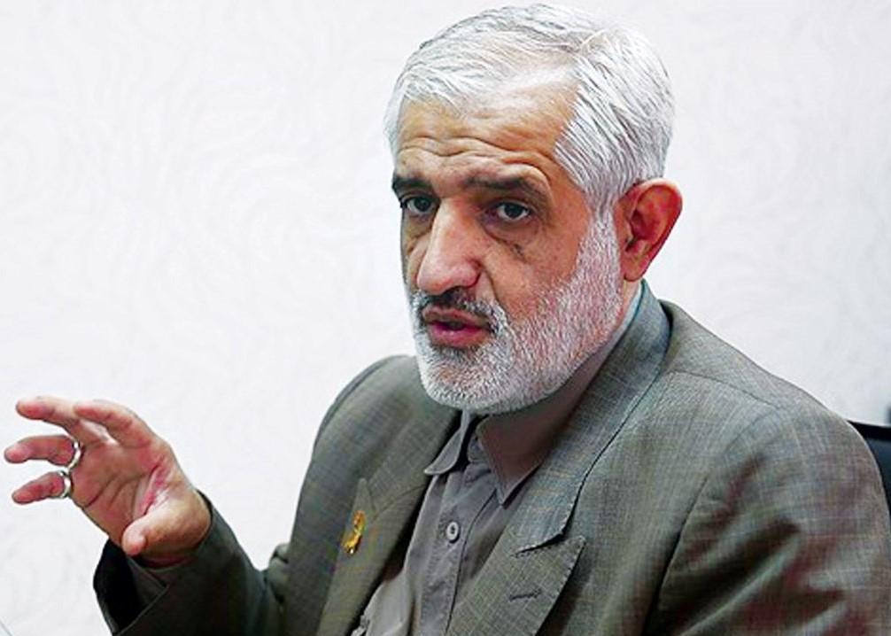 سروری: برای رئیس جمهور موضوعات دیگری در اولویت است تا معیشت مردم ، جناب روحانی! حداقل یک بار از کلیدتان استفاده کنید
