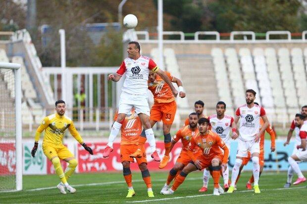 تاکید دوباره گل محمدی برای جذب بازیکن هفتم