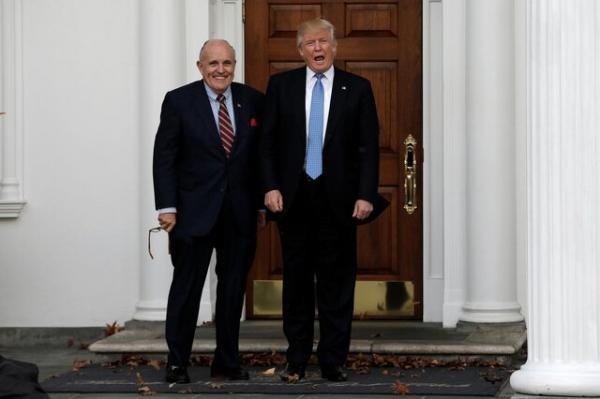 طرح شکایت علیه ترامپ و جولیانی به دلیل تحریک شورش در کنگره