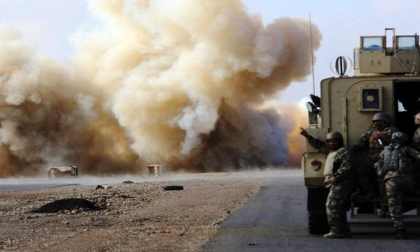 انفجار بمب در جهت کاروان پشتیبانی ارتش آمریکا در جنوب عراق